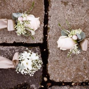 Klasszikus esküvő vintage elemekkel