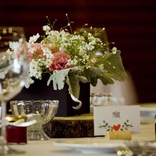 Dóri és Szabi esküvője a Barabás villában